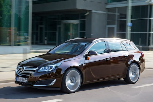 441 kronor per liter lastutrymme: Opel Insignia Sports Tourer. Pris från 237 900kronor. Bagageutrymme: 540 liter. Euro NCAP krocktestbetyg: 5 av 5.