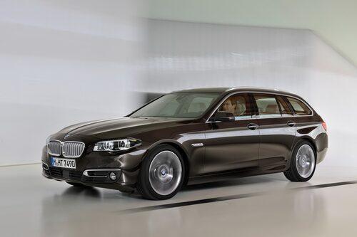 661 kronor per liter lastutrymme: BMW 5-serie Touring. Pris från 369 900kronor. Bagageutrymme: 560 liter. Euro NCAP krocktestbetyg: 5 av 5.