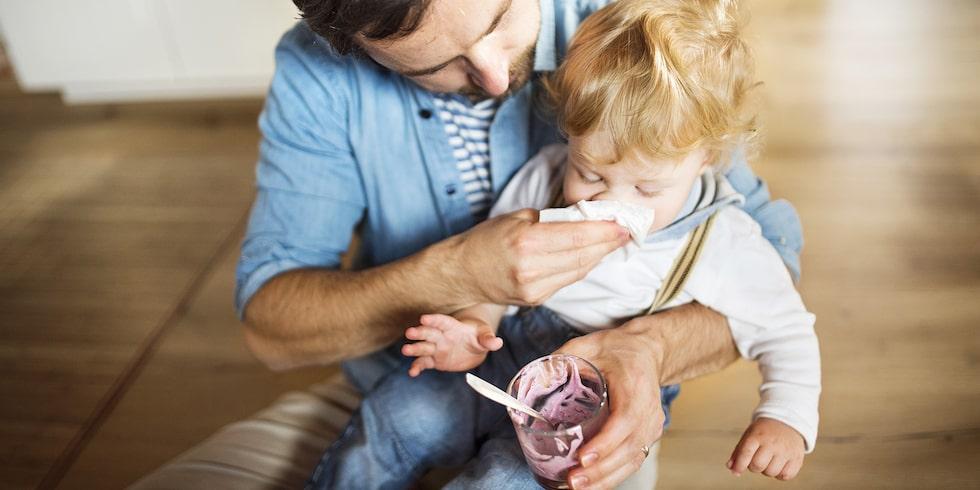 Hur vet man om barnet är allergiskt – och hur gör man?