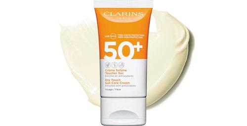 Recension på Dry touch sun care face cream spf 50+, från Clarins.
