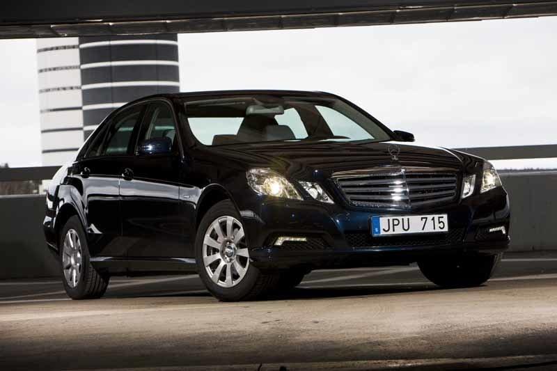 Provkörning av Mercedes E 220 CDI mot Audi A6 2,0 TDI, BMW 520d och Volvo S80 D5