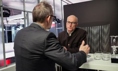 """Teknikens Världs Mikael Stjerna intervjuar Kevin Rice som erkänner att han alltid gillat bilar: """"Men som liten vägrade jag leka med fula bilar."""""""