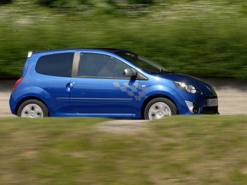 Twingo är bilen för den modemedvetne storstasbon.