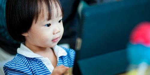 Är det bra med skärmar i förskolan?