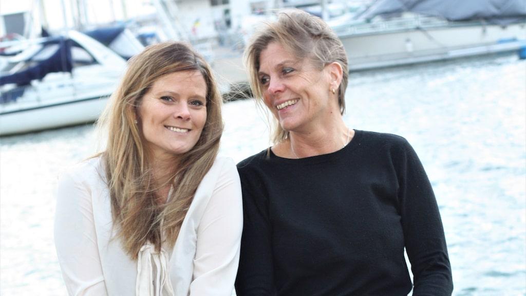 Katja (till höger) är ängeln som räddade Linda (till vänster) från drogerna. Idag är de nära vänner.