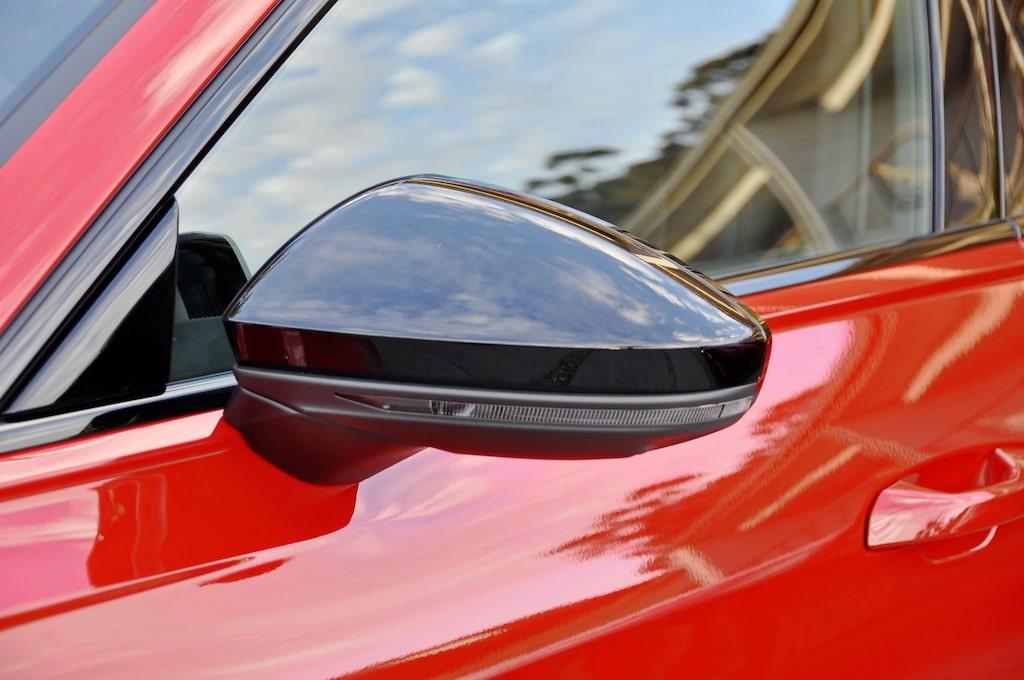 Effektfullt återhållsam sammanfattar designuttrycket hos RS6 Avant. Inget är lämnat åt slumpen.