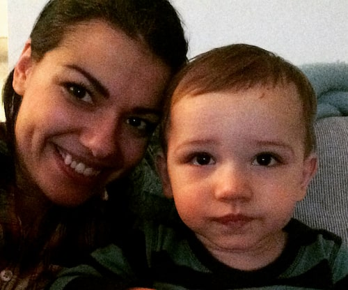 Carin da Silva skolade in sonen Theo i januari 2015.