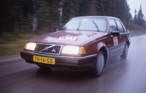 Volvo 440 i test (Teknikens Värld nr 1-2/1989)