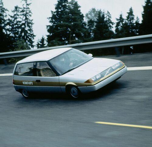 Volvo LCP 2000, konceptbilen från 1983 som var en förlaga till 400-serien.