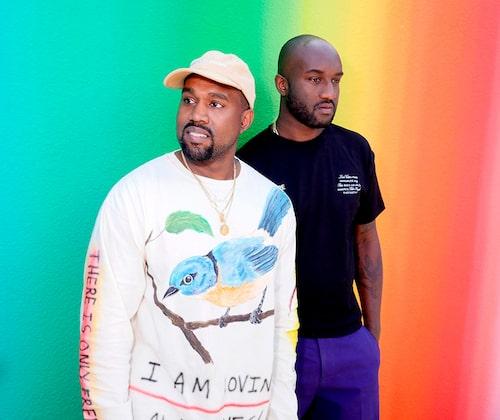Virgil Abloh tillsammans med Kanye West efter en av Louis Vuittons visningar.