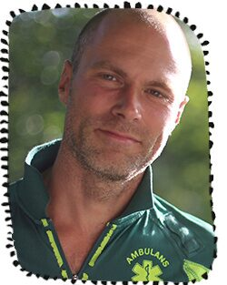 Andreas Claesson är ambulanssjuksköterska och ordförande i Svenska HLR-rådet.