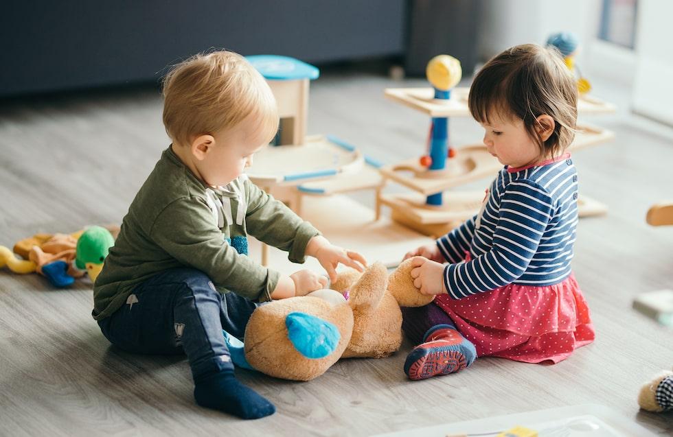 Barn i Sverige har rätt att börja i förskola från 1 års ålder.