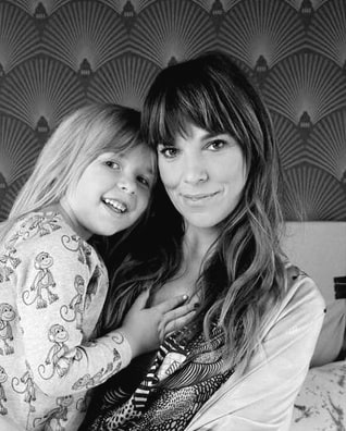 Annika Leone och dottern Lilo, idag 5.