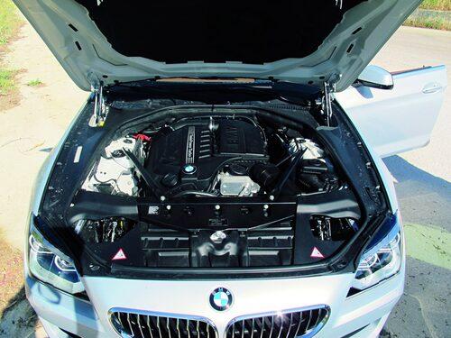 Integsmotorn är på 320 hk och 450 Nm. Maffigt.
