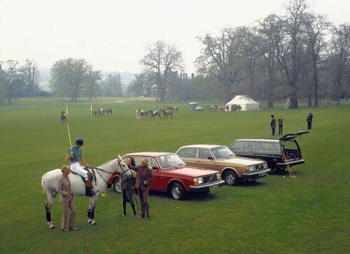 Volvo 244 DL, 244 GL och 245 GL, alla 1980.