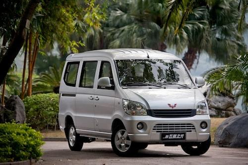 3. Wuling Sunshine, 943 000 exemplar. En populär minibuss i Kina. Wuling är ett joint venture-märke mellan GM och Shanghai Automotive industry Corporation.