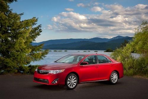 9. Toyota Camry, 726 000 exemplar.