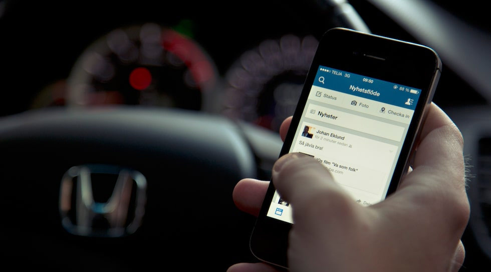 Mobiltelefon i bil