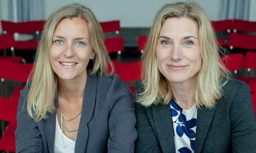 Psykologerna Kajsa Lönn Rhodin och Maria Lalouni tipsar föräldrar i coronatider.