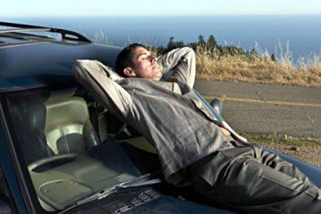 090318-trötta bilister fara