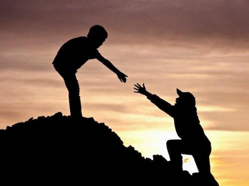 Om man har större barn som klarar av att klättra utan att riskera livet är Skinnarviksberget en kul utmaning. Annars är en promenad upp till Fåfängan kul.