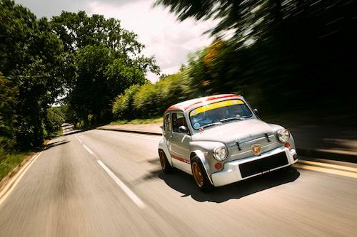 Ingenting ser ut som en Fiat Abarth 1000 TCR. Därför sticker den också ut som den gör.