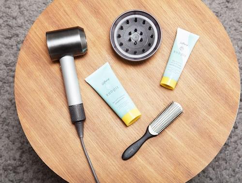 Fön från Dyson och produkter från Sainabous samarbete med Budgie.