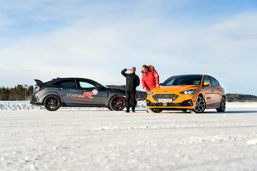 Oskar redo för tjänstgöring. Nästa år hoppas han vara här med Ford Focus RS.