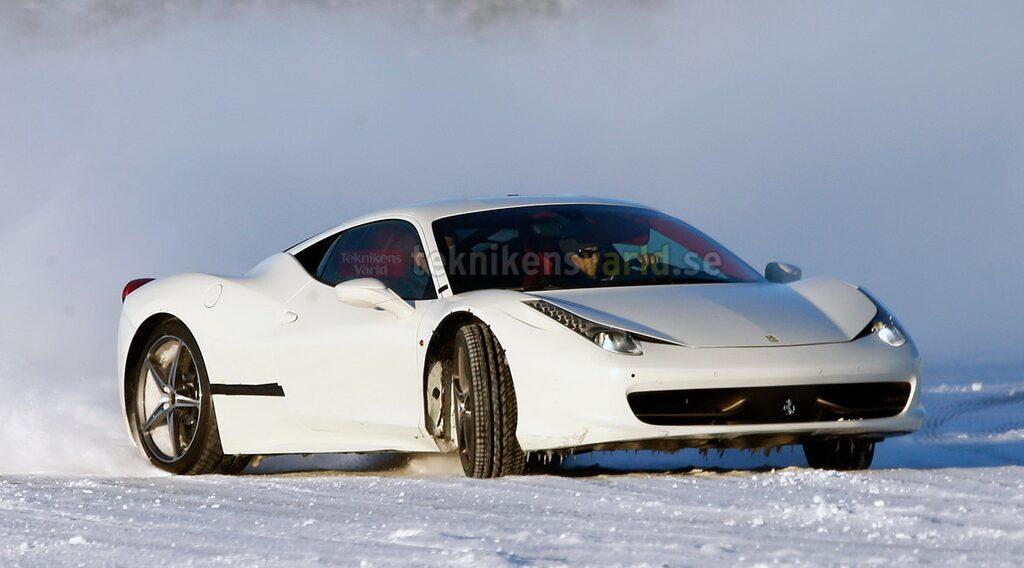 Ferrari 458 Italia-mula