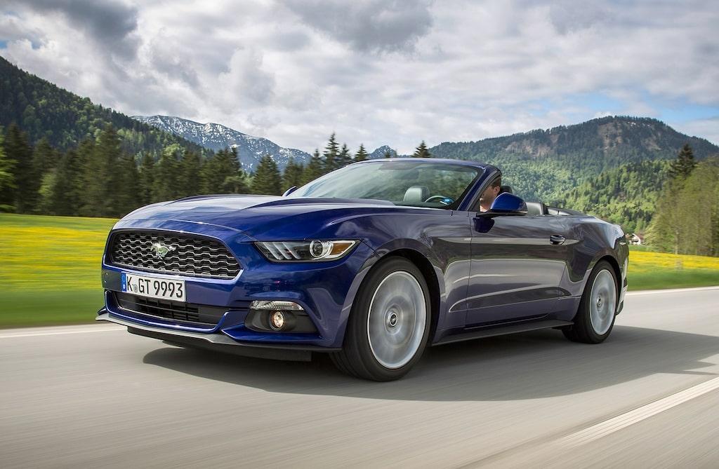 Den här vassa blicken kommer du möta på en väg nära dig. Välkommen hit, Ford Mustang.