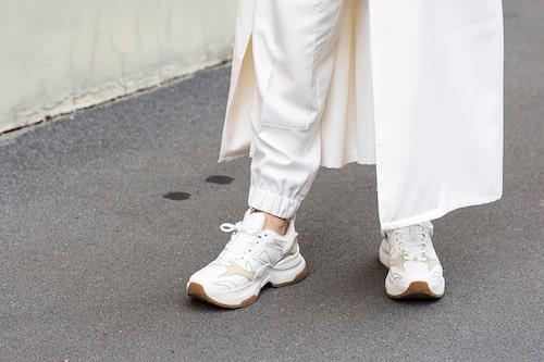 Vita sneakers –ett stilsäkert val!