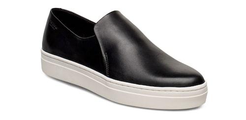 Svarta sneakers i slip on-modell från Vagabond.