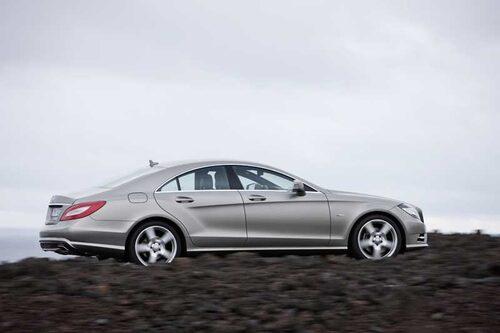 Det är inte bara linjespelet som är nytt på CLS. Styrningen är nu samma som i BMW 5-serie.