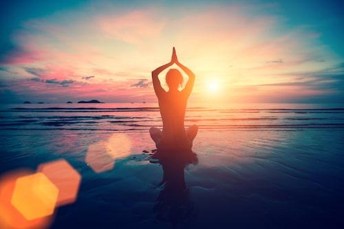 Yoga kan hjälpa dig att hantera balans i livet, men olika sorters yoga hjälper mot olika dosha, så se till att ta reda på vilken dosha just du är först.
