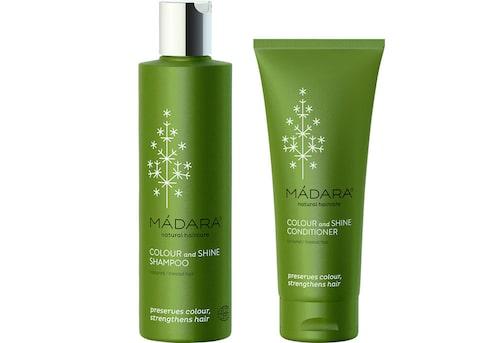 Schampo Colour and shine shampoo, 159 kr/250 ml, Mádara. Balsam Colour and shine conditioner, 159 kr/250 ml, Mádara.