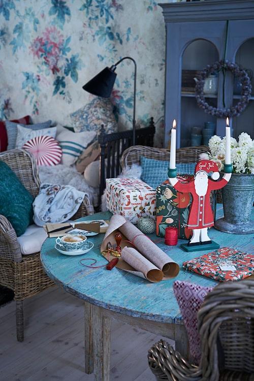 Marie Wärme: Julen får gärna sprida sig i alla rum, ända ut i hallen. Jag vill att både familj och gäster ska känna sig välkomna redan när de kliver över tröskeln.