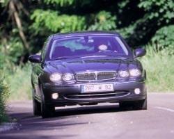 Provkörning av Jaguar X-type