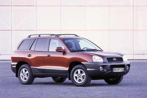 Hyundai Santa Fe (2000-2006). Santa Fe satte igång något av en suv-feber i Sverige när denna första generation kom. Santa Fe var en törstig bil, speciellt den sexcylindriga.