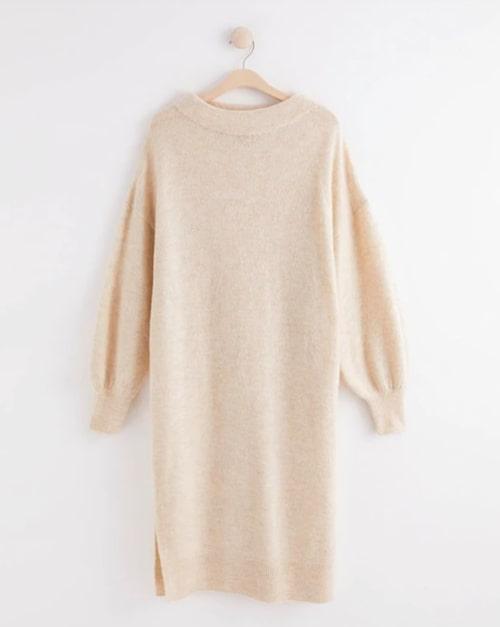 Stickad klänning från Lindex.