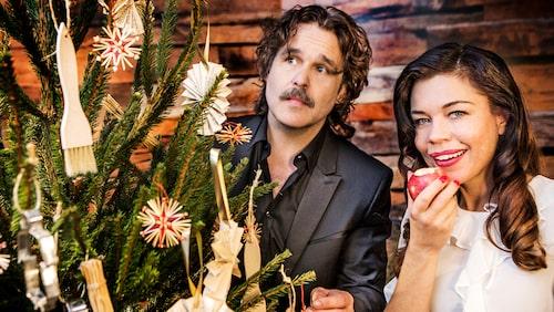 Erik Haag och Lotta Lundgren är julvärdar i SVT 2017.