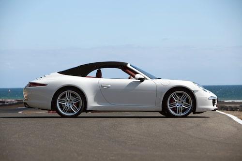 och taklinjen ser nu exakt ut som på coupén.
