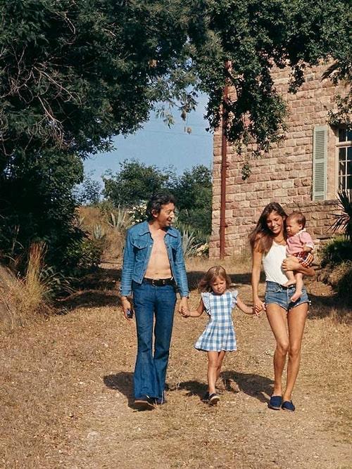 Med pappa Serge Gainsbourg, mamma Jane Birkin och storasystern Kate.