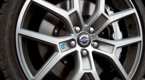 Hjul- och bromsutrustning baseras på S60 Polestar.