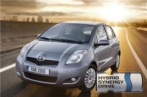 100927-toyota-yaris-hybrid