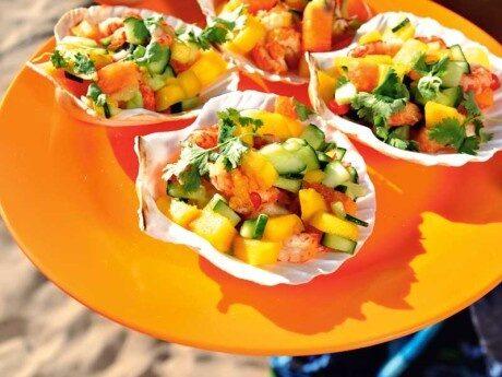 Mango- och kräftsallad