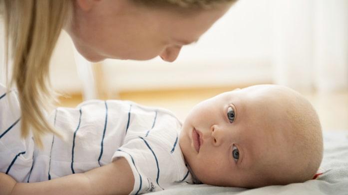 Emilies son Hugo har hjärnsjukdomen Krabbes sjukdom.