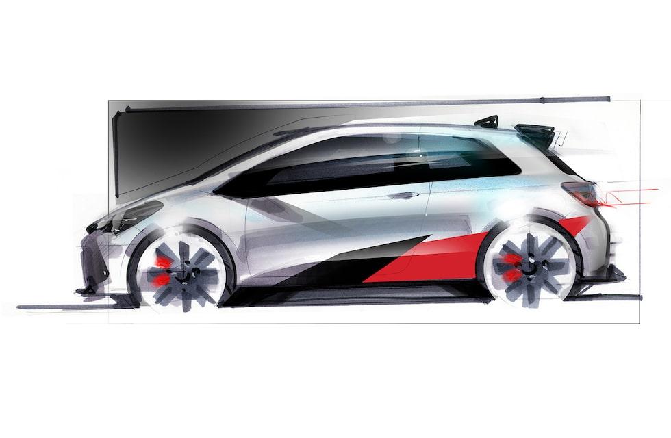 Den riktiga bilen, på de två första bilderna, har många likheter med den här skissen som Toyota lockade oss med för ett tag sedan.
