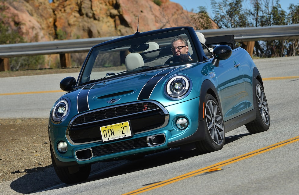Omisskänlig stil, ändå helt ny. Tredje generationen av nya Mini  Cabrio är sig lik - kul att ratta!