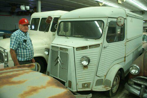 Ron Hackenberger är svag för Studebaker… och Citroën HY.