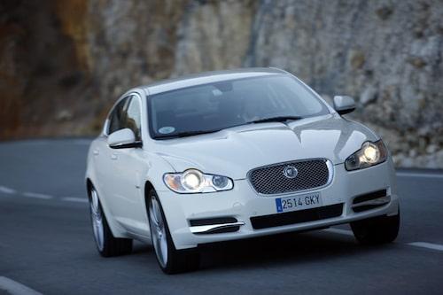 Jaguar XF med nya V6-dieseln imponerar på Hans Hedberg. Maffigt vrid och låg förbrukning.